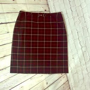 ✨Plaid Skirt- Ann Taylor- size 14 EUC✨